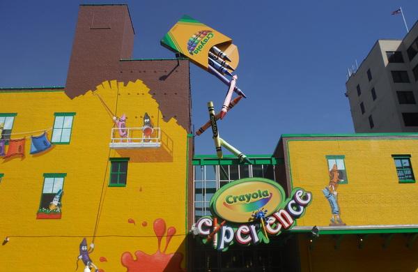 Crayola Experience facade