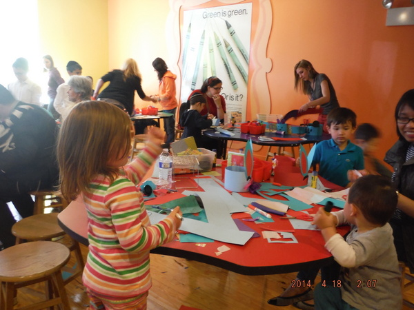 crafts at Crayola Experience