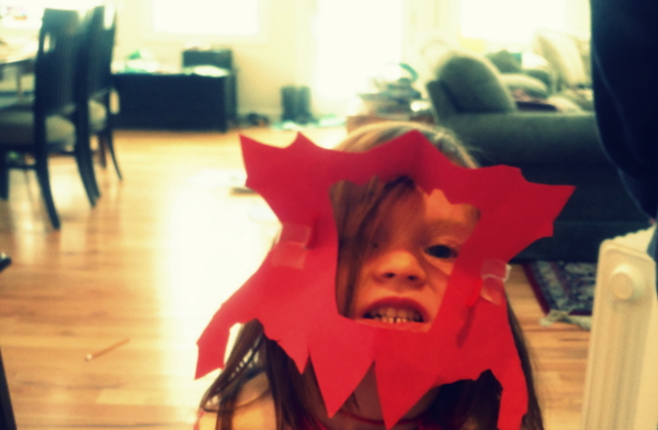 CrunchyChewyMama.com little girl with homemade mask