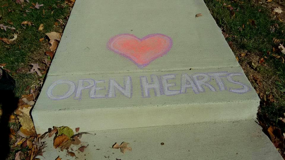 crunchychewy-mama-clouds-open-hearts